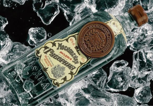 Водка Московская губерния – квадратная бутылка с сургучовой печатью