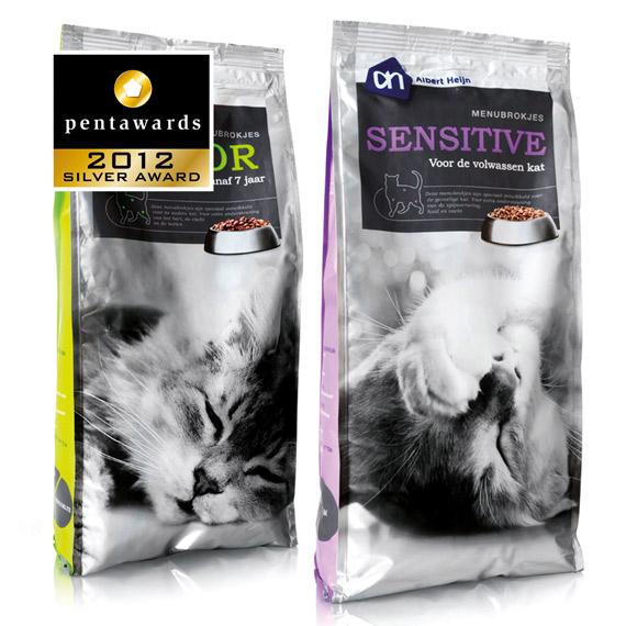 Упаковка корма для кошек