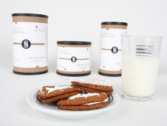 Упаковка-тубус для сахарной пудры