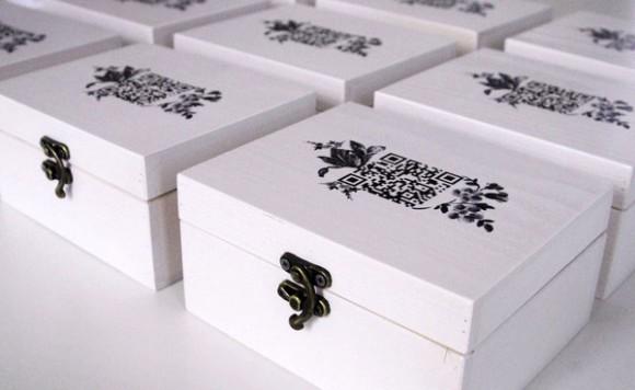 Хипстерская упаковка сувенира