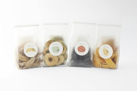 Концепт упаковки фруктовых соков и смузи