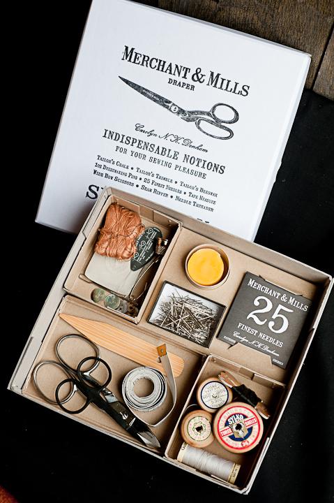 Дизайн упаковки швейного набора