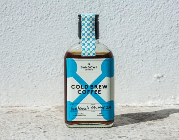Дизайн бутылки кофейного напитка