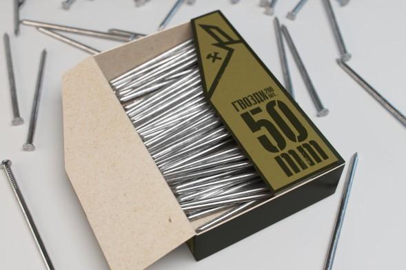 Концепт упаковки гвоздей