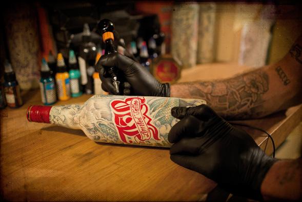 Татуировки в дизайне: JB Limited Edition by Sphinx #tattoo #packaging