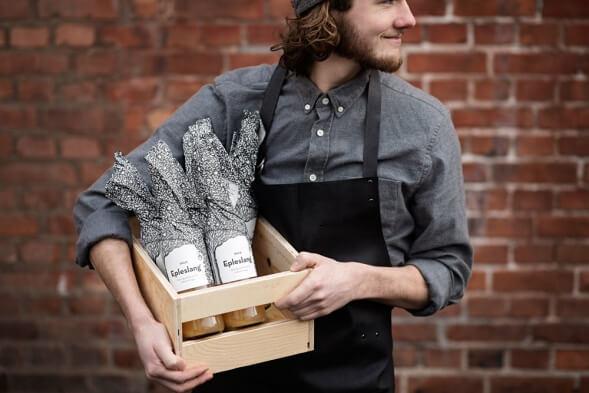 Дизайн упаковки натурального яблочного сока Epleslang