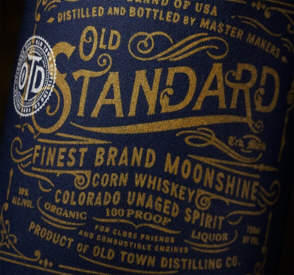 Дизайн бутылки виски