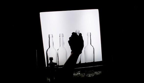 Расследование РБК: кто зарабатывает на дешевой водке